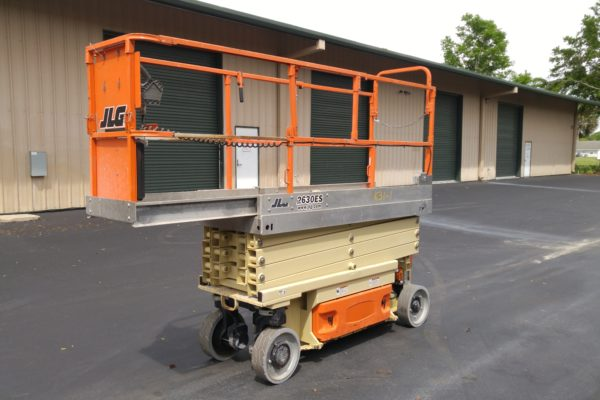 Picture of a scissor lift
